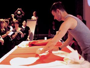 Julian Roberts. Workshop. 'MID_E 09'.- ESTUDIO YOX